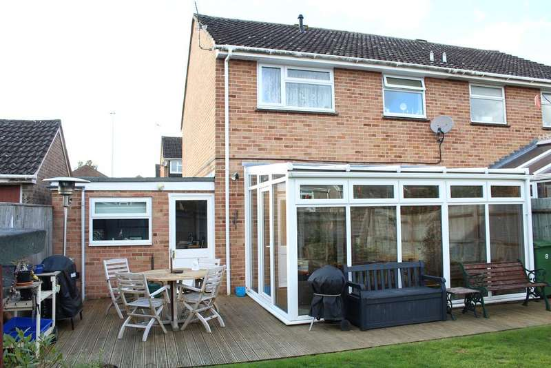 3 Bedrooms Semi Detached House for sale in York Road, Hungerford RG17