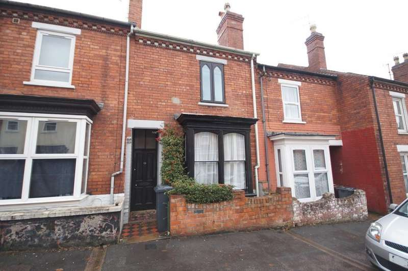 3 Bedrooms Terraced House for sale in Oakfield Street, Lincoln