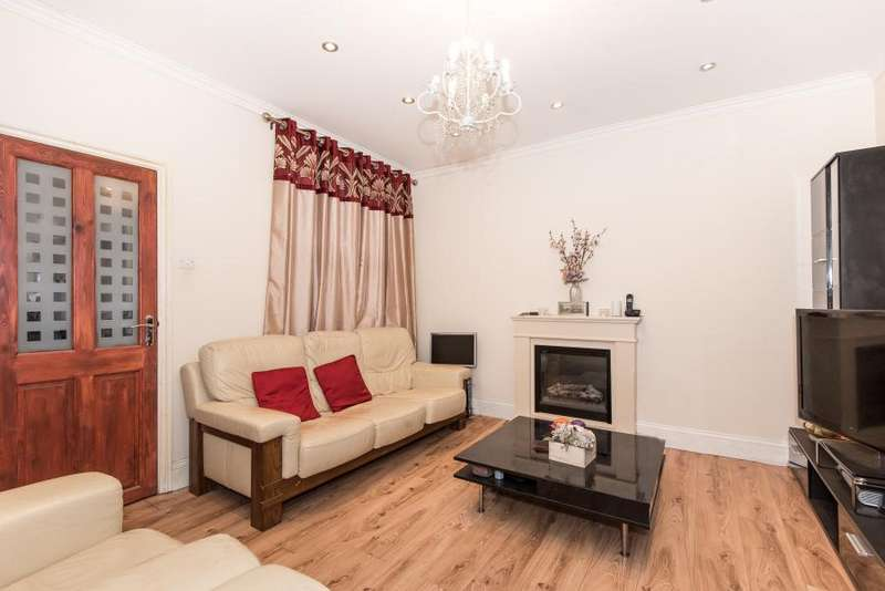 2 Bedrooms Terraced House for sale in Derinton Road, Tooting, London, SW17