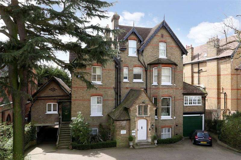 3 Bedrooms Flat for sale in Lingfield Road, Wimbledon Village, SW19