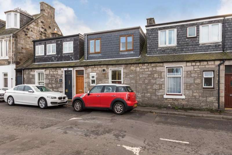 3 Bedrooms Terraced House for sale in 37 Grieve Street, Dunfermline, KY12 8DN