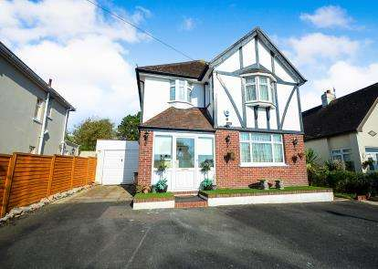 5 Bedrooms Detached House for sale in Torquay, Devon, .
