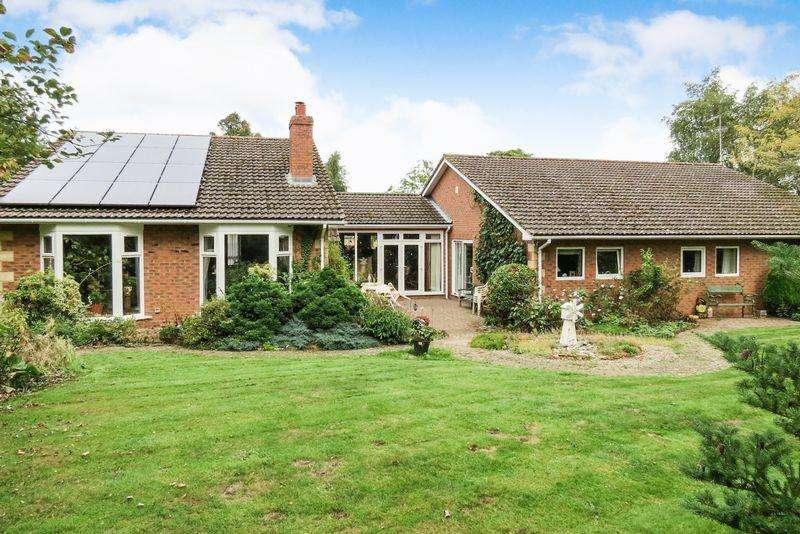 5 Bedrooms Detached Bungalow for sale in Kirkby Underwood