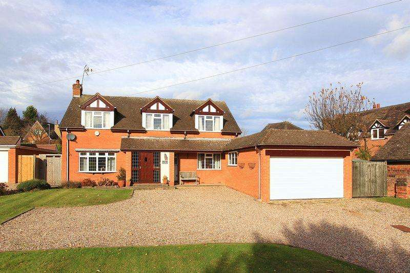 4 Bedrooms Detached House for sale in SEISDON, Ebstree Road