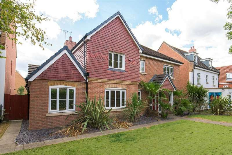 4 Bedrooms Detached House for sale in Church Lane, Wexham, Berkshire