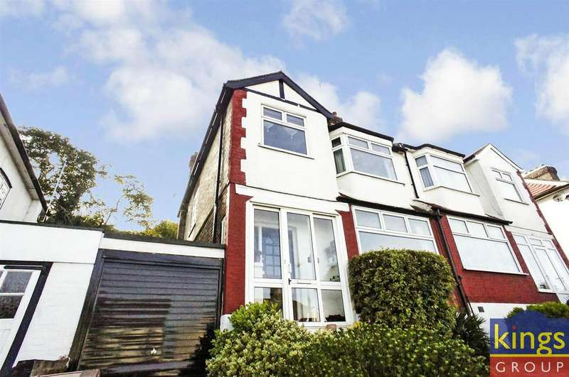 3 Bedrooms House for sale in Larkshall Crescent, London