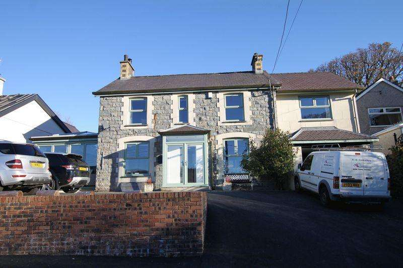 4 Bedrooms Detached House for sale in Bethesda, Gwynedd