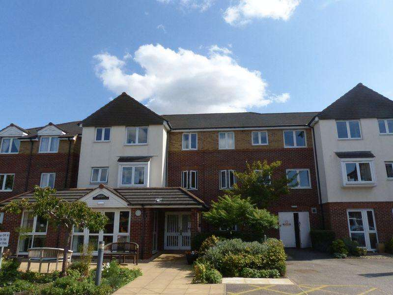 2 Bedrooms Apartment Flat for sale in Cathedral View Court, Cabourne Avenue, Lincoln