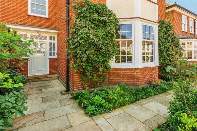5 Bedrooms Semi Detached House for sale in Frewin Road, London, SW18