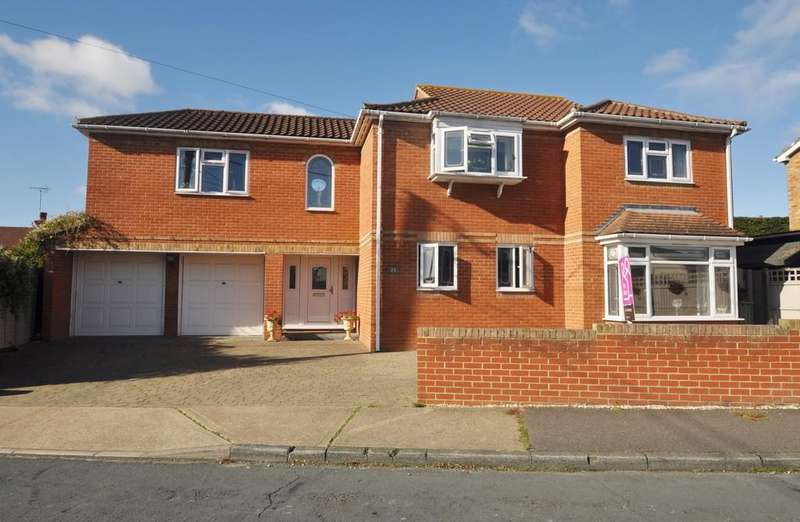 4 Bedrooms Detached House for sale in Constitution Hill, Benfleet