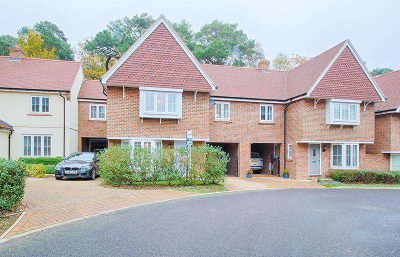 4 Bedrooms Link Detached House for sale in Swaffield Close, Ampthill