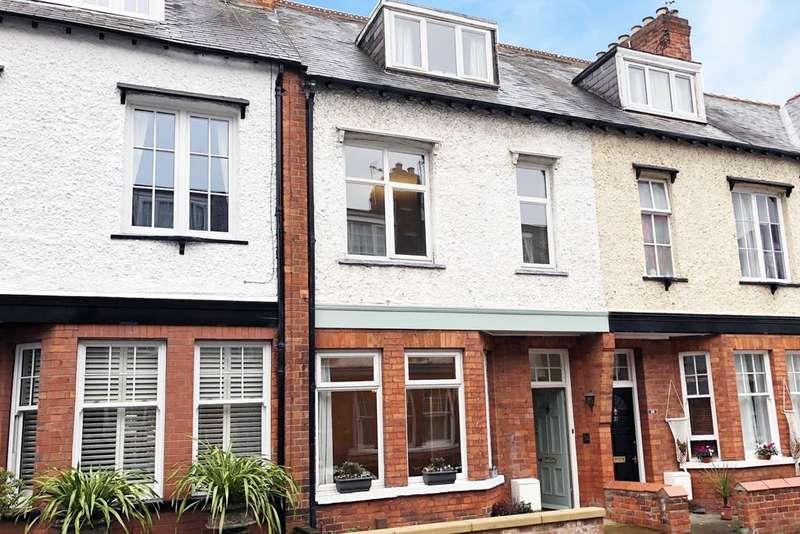 4 Bedrooms Terraced House for sale in 32 Queen Annes Road York YO30 7AA