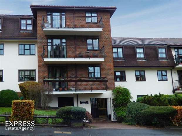 2 Bedrooms Flat for sale in Ascot Court, 66 Parkhill Road, Bexley, Kent