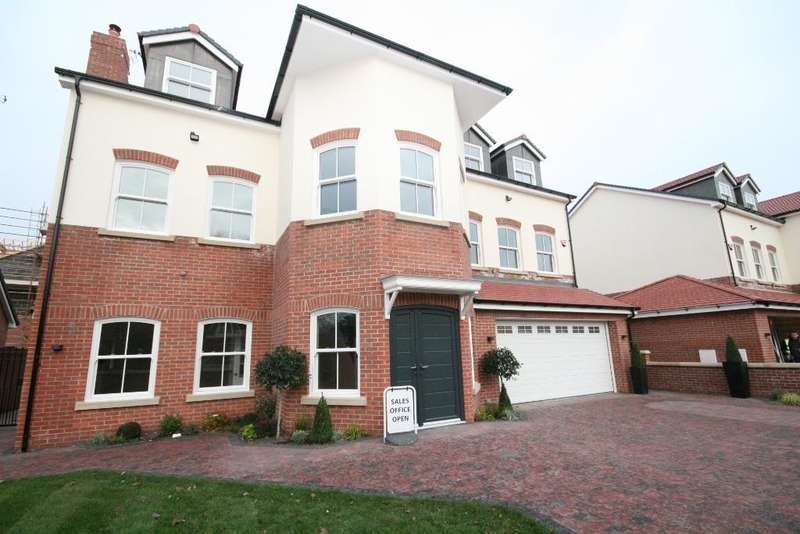 6 Bedrooms Detached House for sale in Grosvenor Road, Birkdale, Southport, PR8 2ES