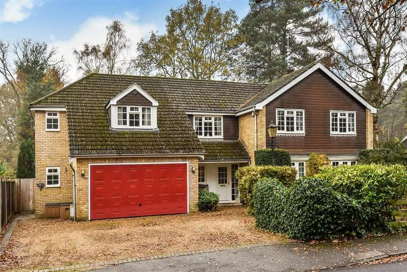 7 Bedrooms Detached House for sale in Bramley Grove, Crowthorne, Berkshire RG45 6EB