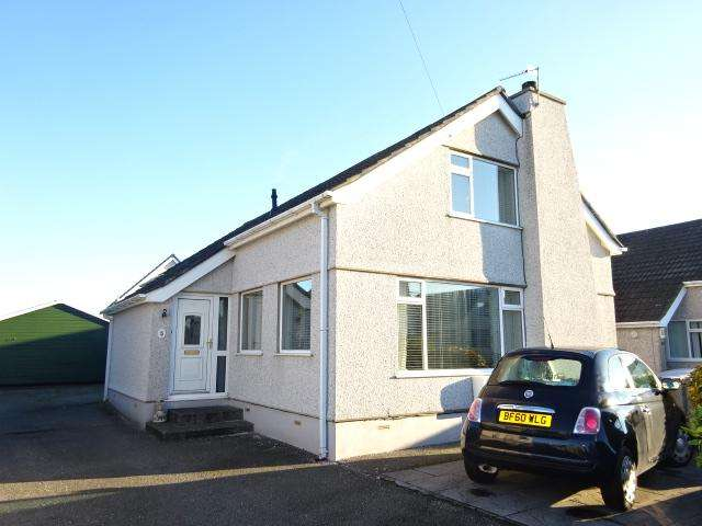 4 Bedrooms Detached House for sale in Lon Hedydd, Llanfairpwll LL61