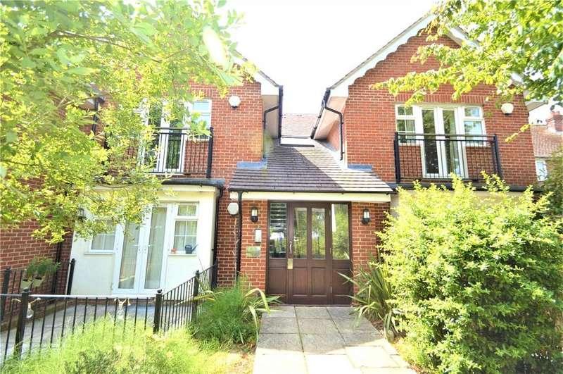 2 Bedrooms Apartment Flat for sale in Sadlers Court, Winnersh, Berkshire, RG41