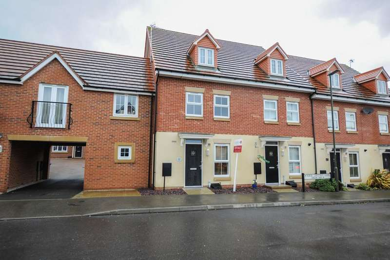 3 Bedrooms Town House for sale in Horse Chestnut Close, Chesterfield