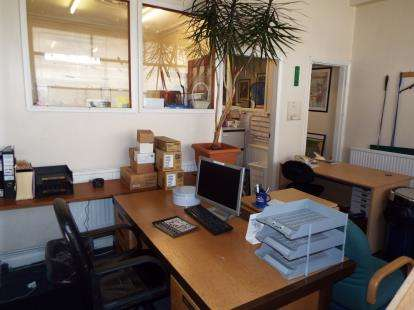 House for sale in Beatrice Road, Leicester