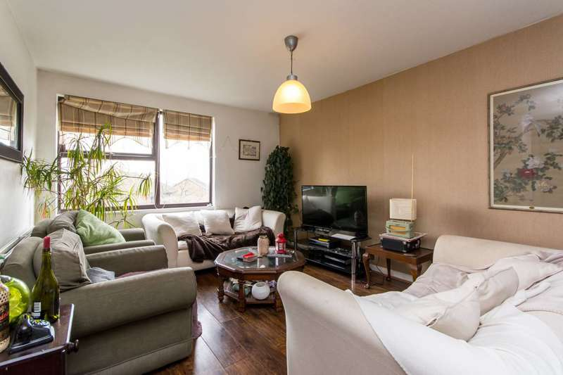3 Bedrooms Flat for sale in Brook Road, Dollis Hill, NW2