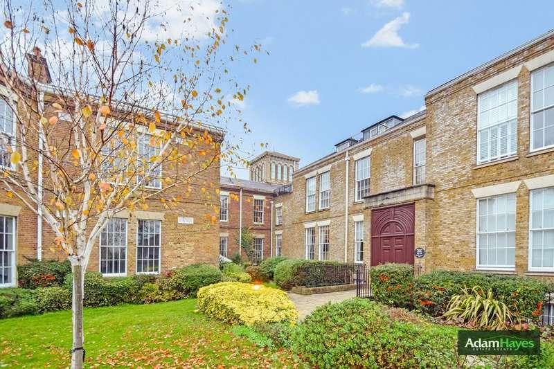 3 Bedrooms Ground Flat for sale in Princess Park Manor, Royal Drive, Friern Barnet, N11