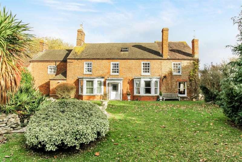 7 Bedrooms House for sale in Stoke Road, Stoke Orchard, Cheltenham
