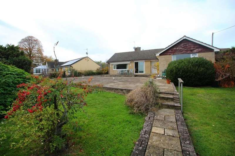 3 Bedrooms Detached Bungalow for sale in Shaw Hill, Shaw
