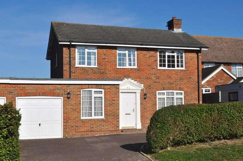 3 Bedrooms Detached House for sale in Huggetts Lane, Eastbourne