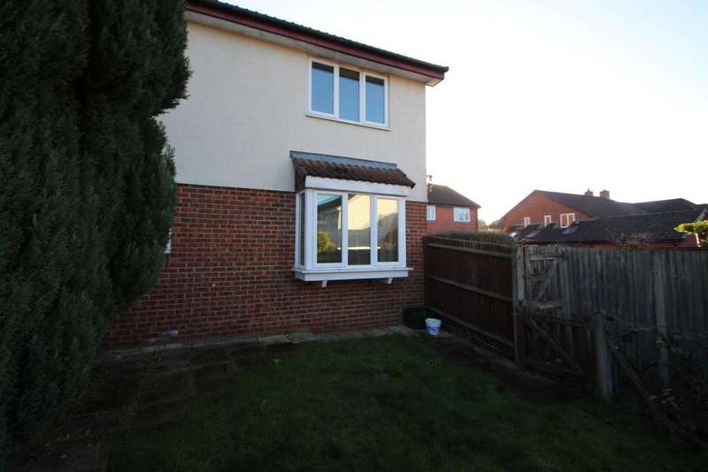 1 Bedroom End Of Terrace House for sale in Angel Place, Binfield, RG42