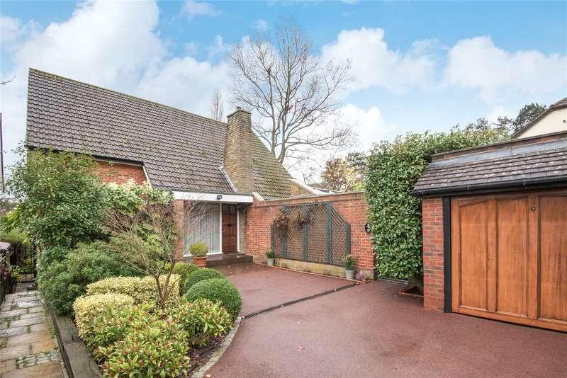 3 Bedrooms Detached House for sale in Manorside, Barnet