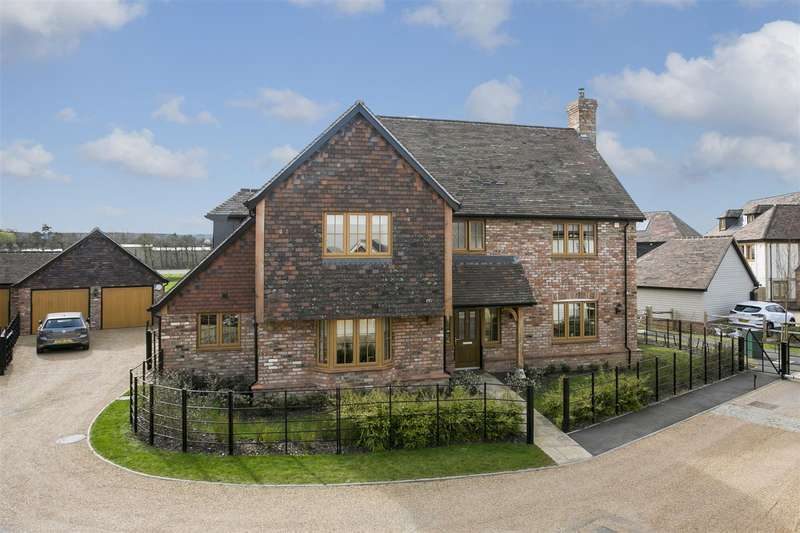 5 Bedrooms Detached House for sale in Franklin Kidd Lane, Ditton, Aylesford