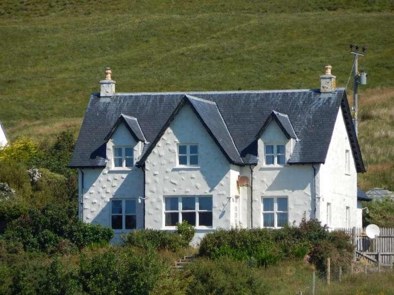 4 Bedrooms Detached House for sale in Kilmuir, Dunvegan, Isle of Skye IV55