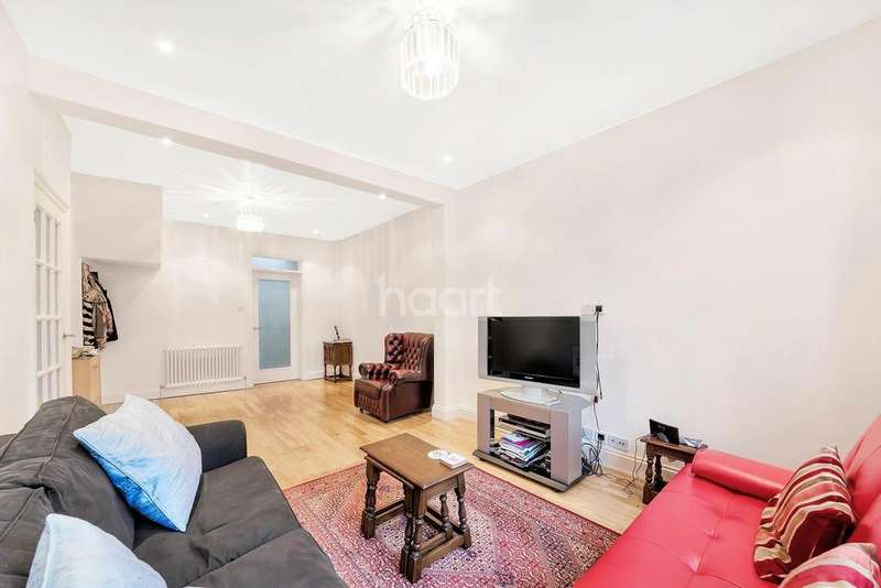 3 Bedrooms Terraced House for sale in Hambro road, Streatham, SW16