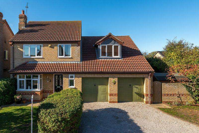 4 Bedrooms Detached House for sale in 15 The Hardings, Welton