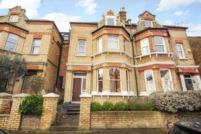 2 Bedrooms Flat for sale in Cromford Road, Putney