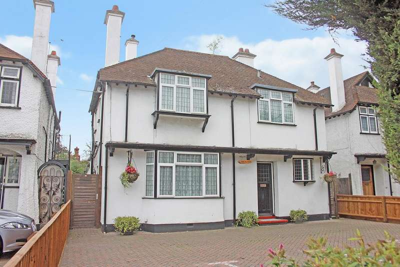 5 Bedrooms Detached House for sale in Bath Road, Taplow, Maidenhead SL6