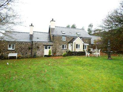 5 Bedrooms Detached House for sale in Maerdy, Corwen, Conwy, LL21