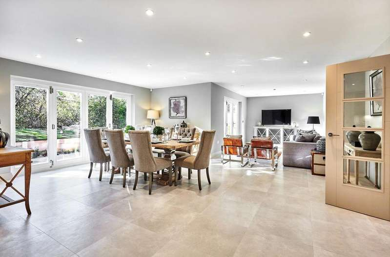 4 Bedrooms House for sale in Charvil Lane, Sonning, RG4