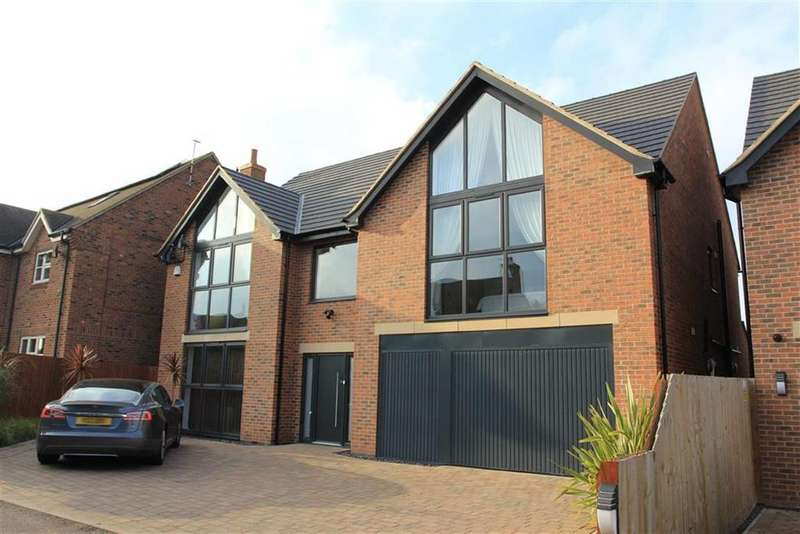 6 Bedrooms Detached House for sale in Uppingham Road, Evington, Leicester