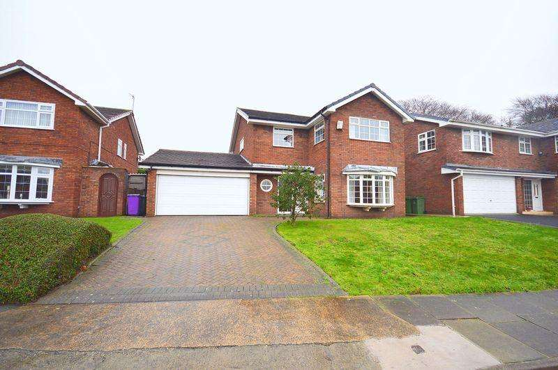 4 Bedrooms Detached House for sale in Stanlowe View, Grassendale