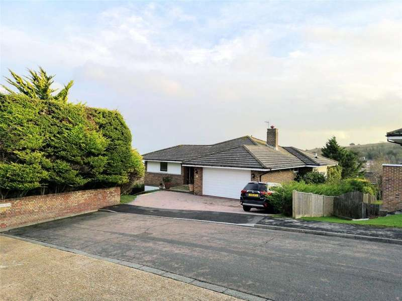 4 Bedrooms Detached House for sale in Meads Brow, Meads, Eastbourne, BN20