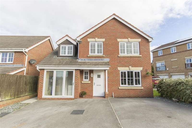 5 Bedrooms Detached House for sale in Greave Way, Brimington, Chesterfield