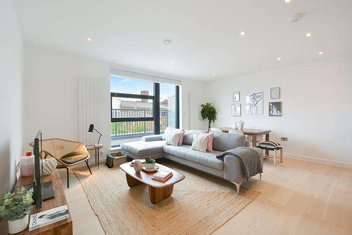 3 Bedrooms Apartment Flat for sale in Penthouse Bow Collection, Victoria Park E3