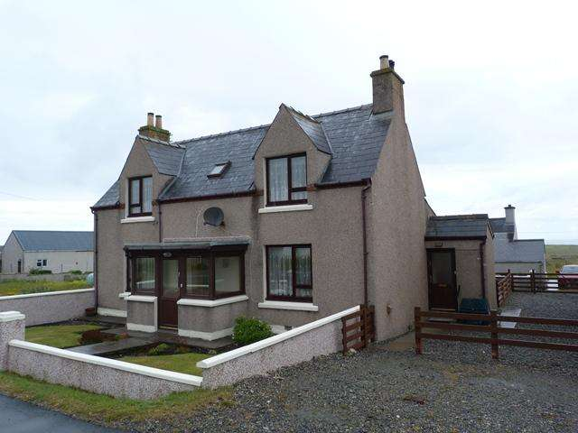 3 Bedrooms Detached House for sale in 20 Swainbost, Ness, Isle of Lewis HS2