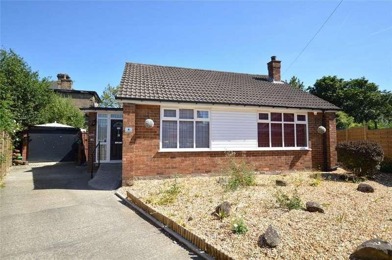 2 Bedrooms Detached Bungalow for sale in St. Andrews Close, Morley, Leeds