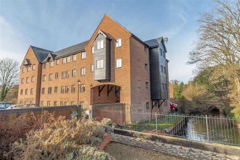 1 Bedroom Flat for sale in Silk Lane, Twyford, Reading