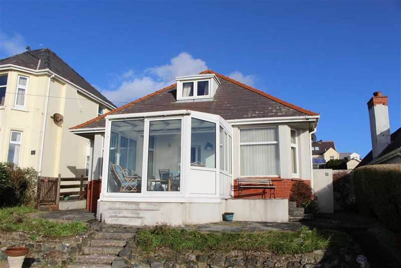 3 Bedrooms Property for sale in Hayston Avenue, Hakin, Milford Haven
