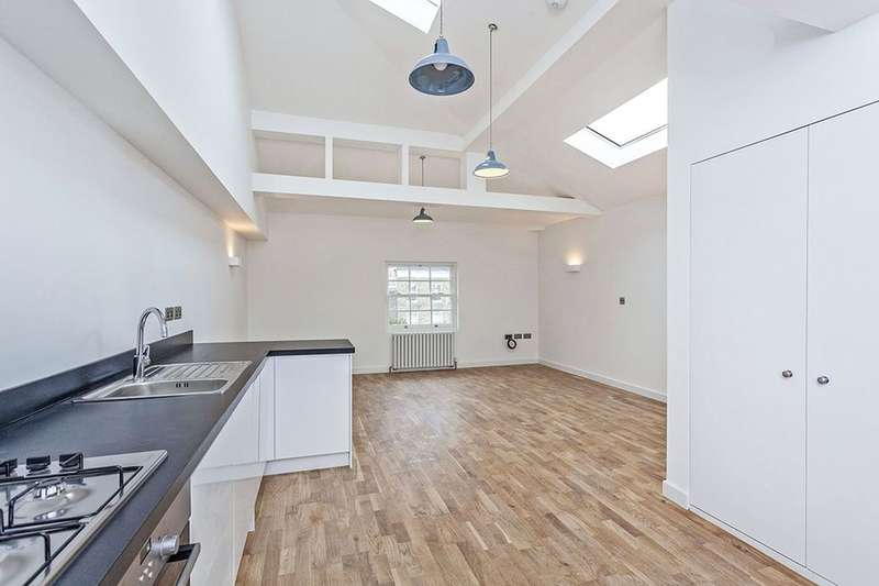 2 Bedrooms Flat for sale in New Cross Road, New Cross, London, SE14