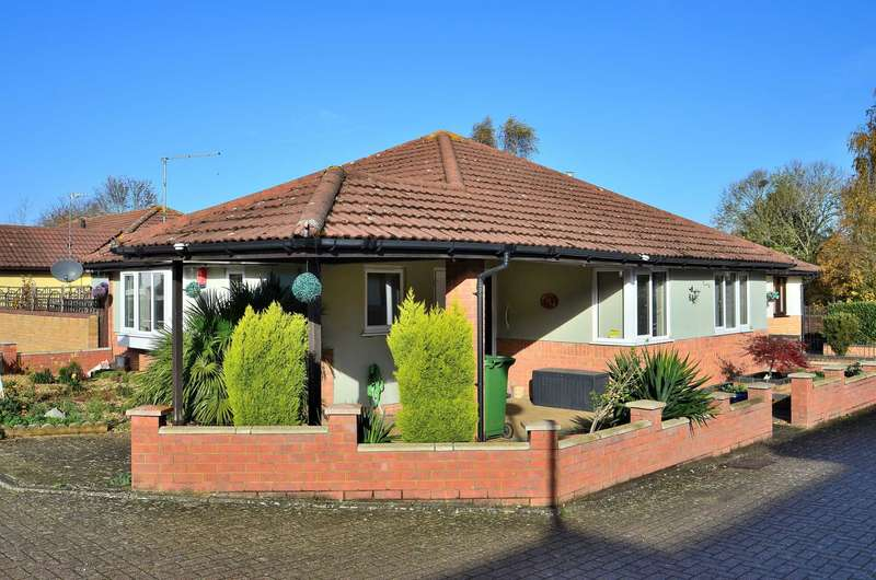 3 Bedrooms Bungalow for sale in Sokeman Close, Greenleys