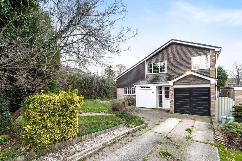 4 Bedrooms Detached House for sale in Blagrove Lane, Wokingham, RG41